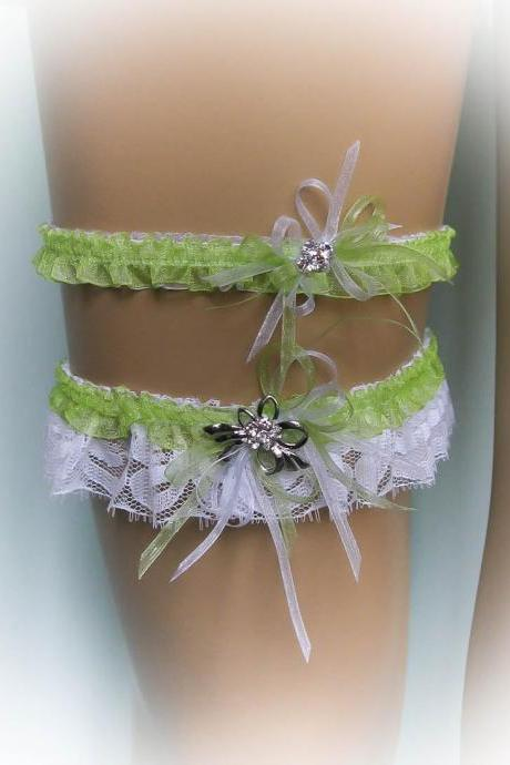 Lace Wedding Garter Set with Crystal Brooch, Lime Garter, Bridal Garter Set, Vintage Garter, Stretch Garter, Crystal Garter, Prom Garter